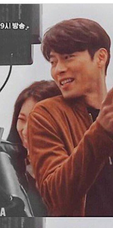 Chỉ có fan tinh ý mới phát hiện cô nàng Park Shin Hye có thói quen siêu cấp dễ cưng ở hậu trường Hồi Ức Alhambra - Ảnh 9.