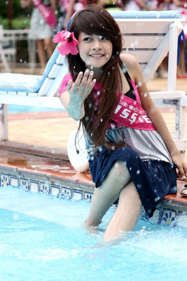 Nhìn lại loạt hot girl đời đầu cách đây 10 năm: Khi Chi Pu mới được chú ý, Vân Navy đã nổi đình nổi đám với phim Bước nhảy xì tin - Ảnh 15.