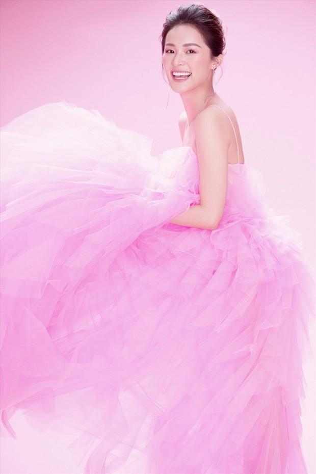 Chiếm trọn spotlight thảm đỏ nhưng Angela Phương Trinh không thanh thoát bằng Bảo Anh, cũng chẳng ngọt ngào như Hạ Vi khi diện váy ấn tượng - Ảnh 6.