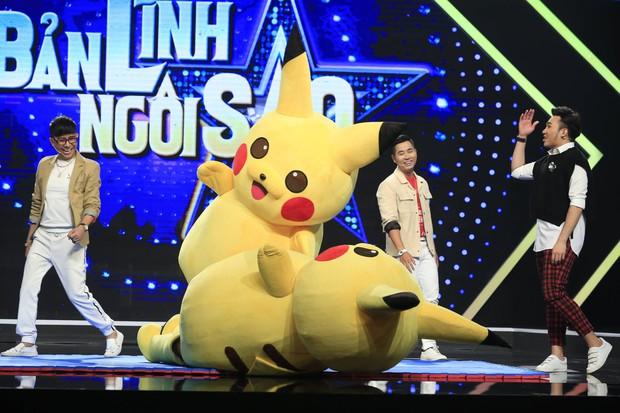 Long Nhật hóa Pikachu đấu vật với Chị cano Lê Nhân - Ảnh 6.