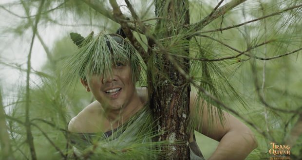 """Cười quỳ với clip hậu trường Trấn Thành bị đập banh đầu, một mình """"cân"""" cả... sở thú trong phim Tết Trạng Quỳnh - Ảnh 1."""