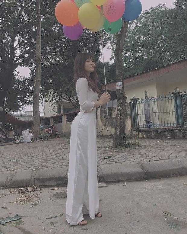 Nữ sinh Việt diện áo dài trắng: Người xinh đẹp trong trẻo xuất sắc, người quyến rũ với 3 vòng siêu chuẩn - Ảnh 4.