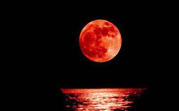 Siêu trăng máu sẽ xuất hiện vào cuối tuần - Ảnh 1.