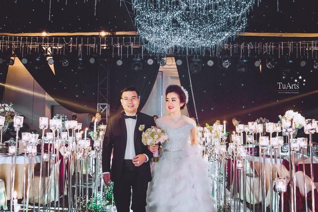 Đám cưới tại lâu đài trăm tỷ, rước dâu bằng Rolls-Royce và máy bay: Nam Định xứng đáng đứng đầu về độ chịu chơi tổ chức đám cưới - Ảnh 21.