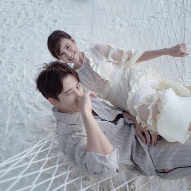Muôn kiểu cặp đôi màn ảnh Thái Lan: Người về chung một nhà, kẻ chìm thuyền đôi ngả - Ảnh 4.