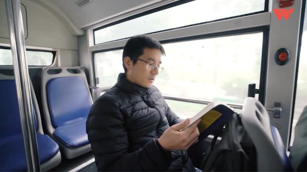 Nguyễn Quốc Vương - Nhà nghiên cứu trở về Việt Nam bán sách rong sau 8 năm du học ở Nhật Bản - Ảnh 3.