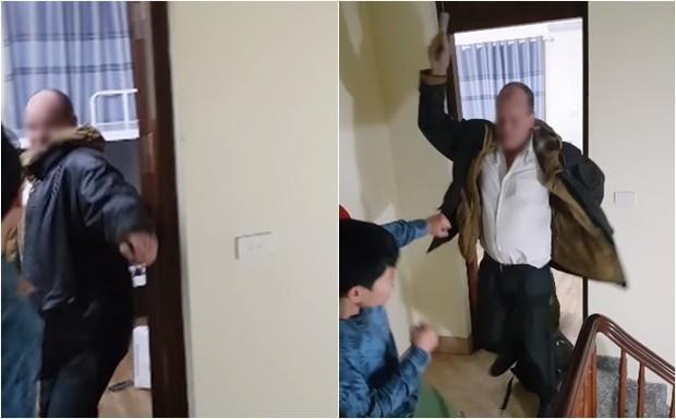 Xôn xao clip thầy giáo ngoại quốc cầm mũ bảo hiểm đánh tới tấp vào đầu chủ homestay ở Hà Nội - Ảnh 4.