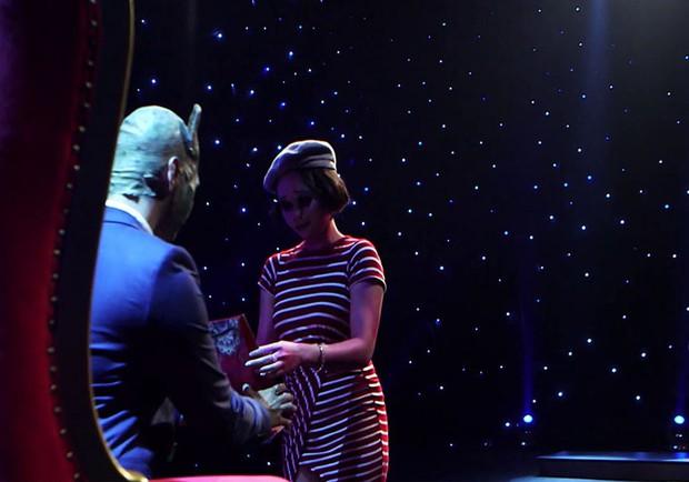 Á hậu Việt Nam toàn cầu bật khóc khi chọn phải chàng trai đa tình trong gameshow hẹn hò - Ảnh 5.