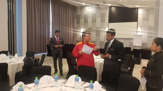 Tuyển Việt Nam đóng quân tại khách sạn 5 sao nằm ở trung tâm thành phố Dubai giàu có bậc nhất thế giới - Ảnh 2.