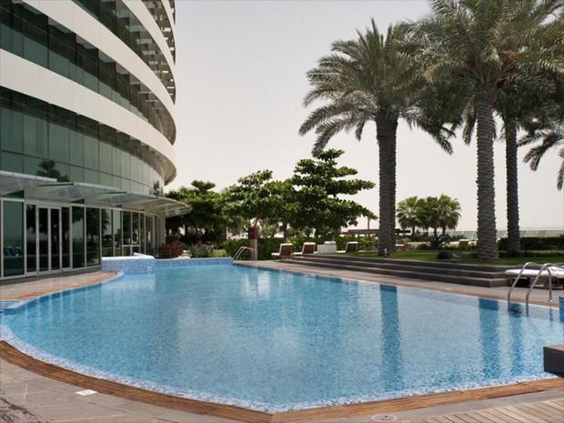 Tuyển Việt Nam đóng quân tại khách sạn 5 sao nằm ở trung tâm thành phố Dubai giàu có bậc nhất thế giới - Ảnh 9.