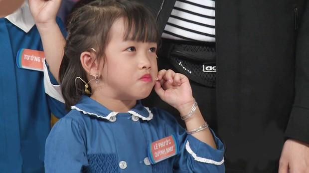 Ông bố trẻ Ngọc Trai khoe giọng hát khiến đàn con cười nắc nẻ - Ảnh 5.