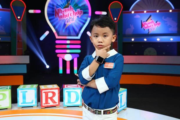 Ông bố trẻ Ngọc Trai khoe giọng hát khiến đàn con cười nắc nẻ - Ảnh 8.