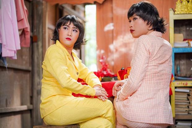 Đầu tư 101 bộ đồ để đi... phá đám cưới thiên hạ, không ai lố bằng Huỳnh Lập - Quang Trung trong Vu Quy Đại Náo - Ảnh 6.