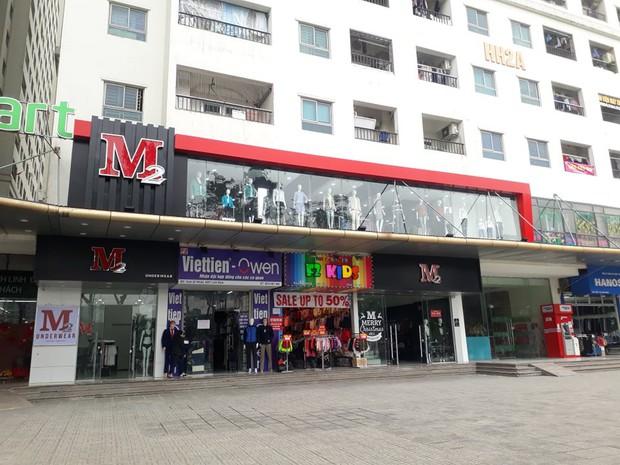 Nữ nhân viên bị 4 thanh niên trêu ghẹo rồi tấn công ở CC Linh Đàm phải tái nhập viện trong tình trạng hoảng loạn, co giật và không nói được - Ảnh 2.