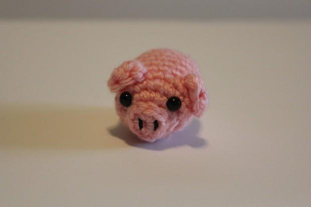 Những món đồ trang trí hình chú lợn xinh xắn đốn tim bất kỳ ai nhìn thấy - Ảnh 1.