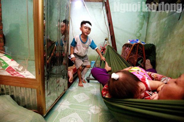 Cha mẹ chết dưới bánh xe container, con cái ra rừng, ra rẫy ngủ - Ảnh 4.