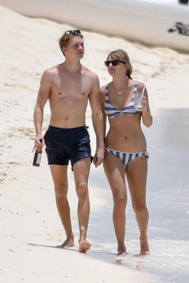 Bị fan chê giấu giếm chuyện yêu đương quá mức, bạn trai Taylor Swift lên tiếng giải thích - Ảnh 1.
