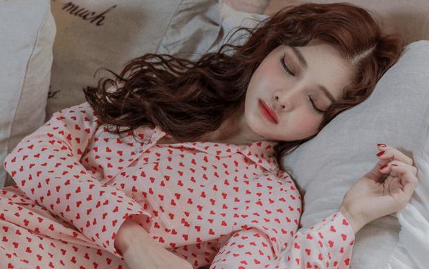 Một loạt bí quyết giúp con gái khắc phục tình trạng khó chịu, đau nhức trong ngày đèn đỏ - Ảnh 4.