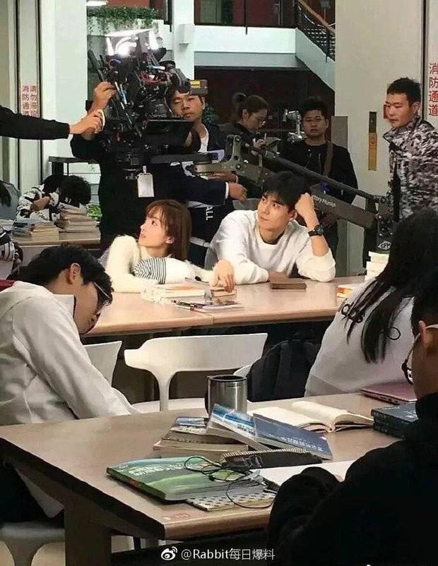 Làm phim học đường nhưng ekip Thầm Yêu Quất Sinh Hoài Nam bị chỉ trích phản giáo dục vì lí do này - Ảnh 3.