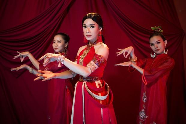 Quang Trung - Từ chàng trai nói không với diễn xuất đến diễn viên bỏ túi hai vai điện ảnh cực duyên - Ảnh 6.