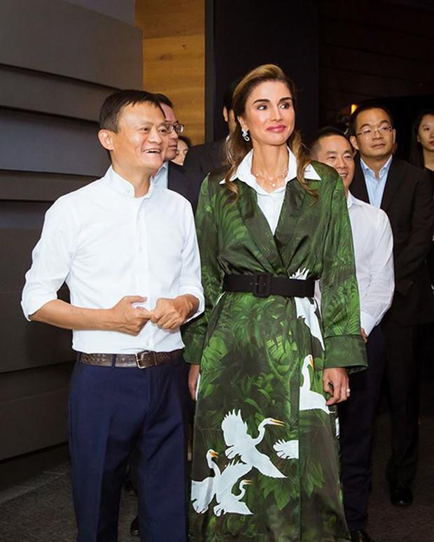 Hoàng hậu xứ Jordan - đối thủ sắp tới của tuyển Việt Nam: Thích chơi Youtube, yêu bóng đá - Ảnh 6.