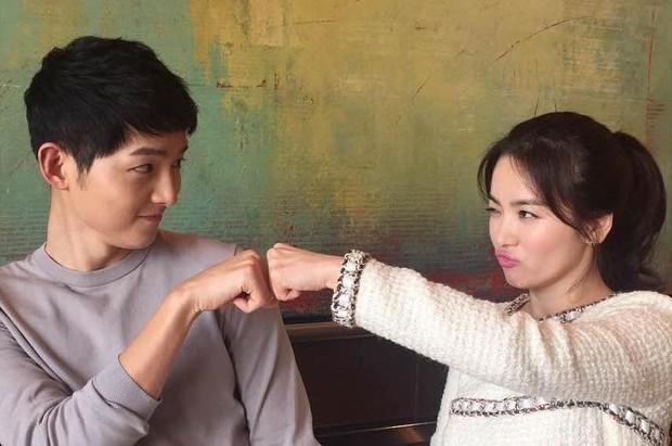 Muôn kiểu phim giả tình thật màn ảnh Hàn: Kẻ mặt dày cầm cưa, người tranh thủ cưới gấp - Ảnh 4.