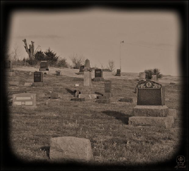 Những nghĩa địa kỳ lạ trên thế giới khiến bạn rùng mình - Ảnh 7.