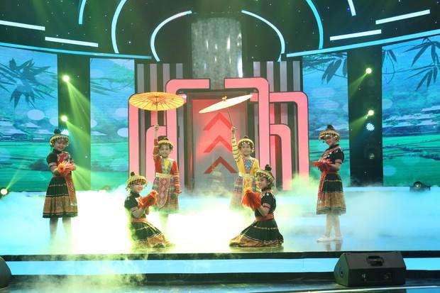 Cao Thái Hà bị nhan sắc của Song Luân và Quang Đại làm lu mờ tại gameshow - Ảnh 7.