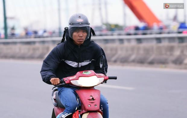 Người Hà Nội, Sài Gòn co ro trong ngày đầu đi làm sau kỳ nghỉ Tết Dương lịch 2019 - Ảnh 15.