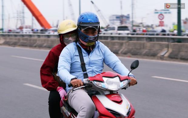 Người Hà Nội, Sài Gòn co ro trong ngày đầu đi làm sau kỳ nghỉ Tết Dương lịch 2019 - Ảnh 21.