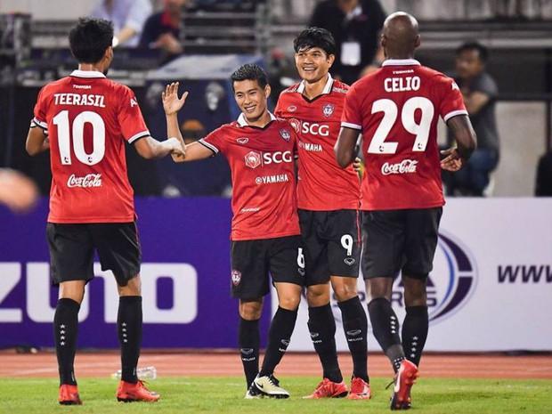CHÍNH THỨC: Thủ môn Văn Lâm đến Thái Lan thi đấu, lương tháng 10.000 USD - Ảnh 2.