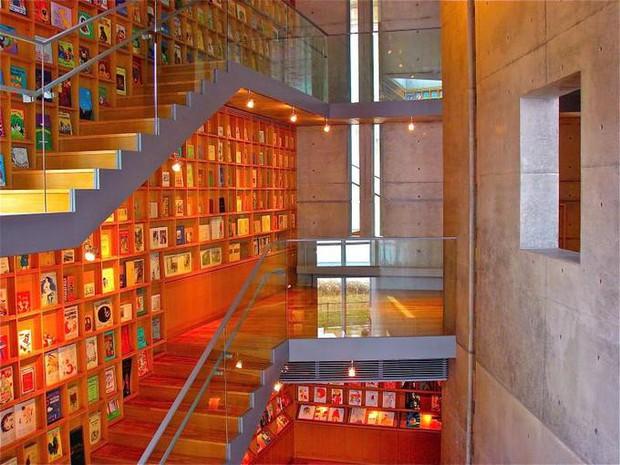 Tin được không, toà thư viện độc đáo lọt top 25 xịn nhất thế giới này thực chất là thư viện cho trường mầm non - Ảnh 6.