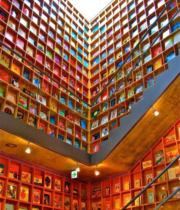 Tin được không, toà thư viện độc đáo lọt top 25 xịn nhất thế giới này thực chất là thư viện cho trường mầm non - Ảnh 3.