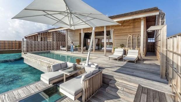 Tham quan khu nghỉ dưỡng xa hoa trên đảo nhân tạo với hệ thống pin Mặt Trời ngay trên mái nhà tại Maldives - Ảnh 4.
