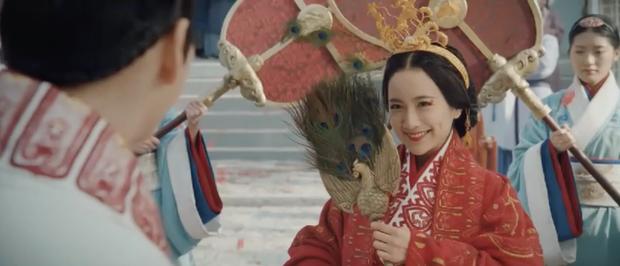 Vu Chính để gà cưng Ngô Cẩn Ngôn trả nghiệp sau khi làm bà nội hậu cung ở Hạo Lan Truyện - Ảnh 6.