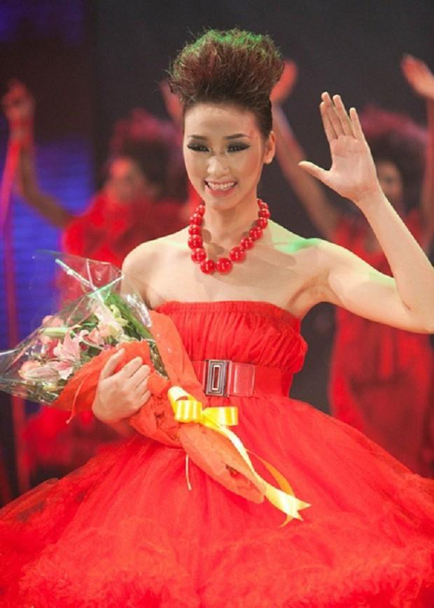 Trời ơi, tin được không? Top 6 Vietnams Next Top Model mùa đầu tiên đã kết hôn gần hết rồi đấy! - Ảnh 7.