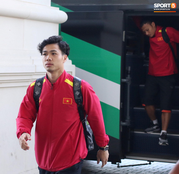 Xuân Trường muốn tận hưởng cảm xúc của chiến thắng ở tứ kết Asian Cup 2019 - Ảnh 8.