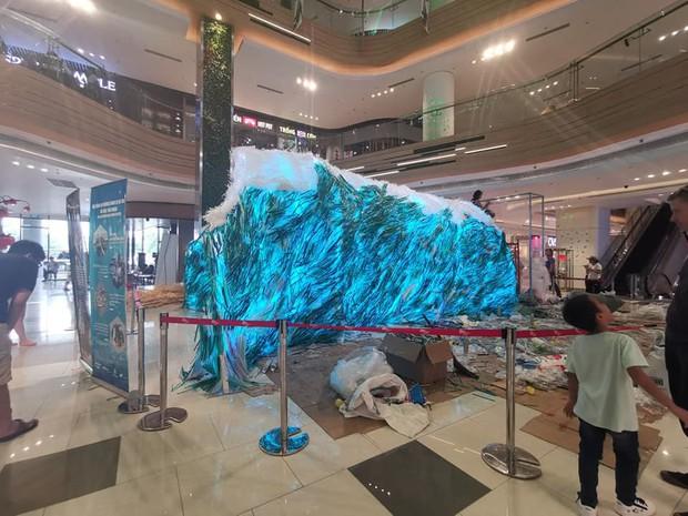 Tranh cãi xoay quanh việc MC Thuỳ Minh tố dự án cộng đồng dùng ống hút nhựa mới dựng triển lãm - Ảnh 2.