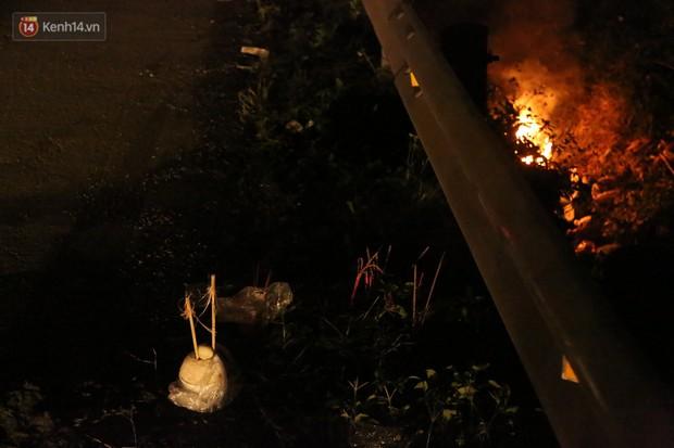 Xót xa cảnh khói hương nghi ngút nơi 8 người tử vong sau tai nạn kinh hoàng ở Hải Dương  - Ảnh 8.