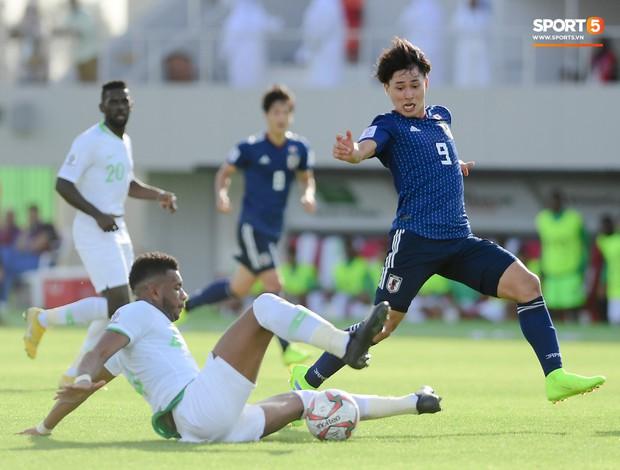 HLV Park Hang-seo gặp sự cố quên đồ khi đi thăm dò tuyển Nhật Bản - Ảnh 7.