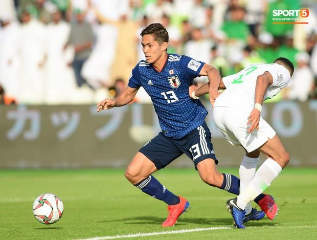 HLV Park Hang-seo gặp sự cố quên đồ khi đi thăm dò tuyển Nhật Bản - Ảnh 6.