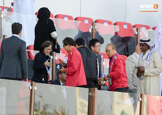 HLV Park Hang-seo gặp sự cố quên đồ khi đi thăm dò tuyển Nhật Bản - Ảnh 9.