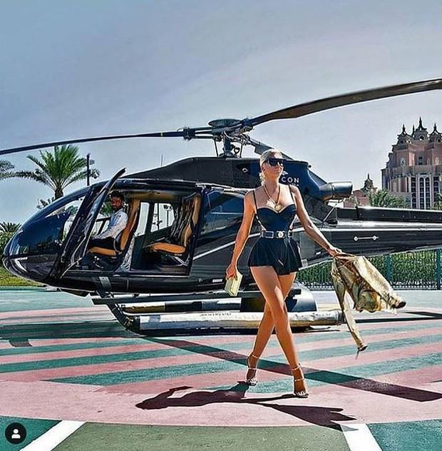 Lóa mắt trước cuộc sống xa hoa, hào nhoáng của hội con nhà giàu đến từ tiểu vương quốc giàu có bậc nhất thế giới Dubai - Ảnh 1.