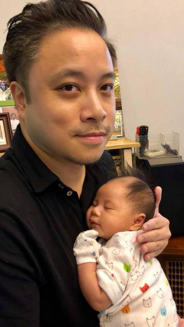Con trai mới sinh giống Victor Vũ phiên bản 1975 đến nỗi có người phải thốt lên: Đúng là photocopy! - Ảnh 5.