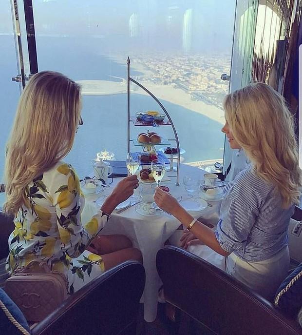 Lóa mắt trước cuộc sống xa hoa, hào nhoáng của hội con nhà giàu đến từ tiểu vương quốc giàu có bậc nhất thế giới Dubai - Ảnh 7.
