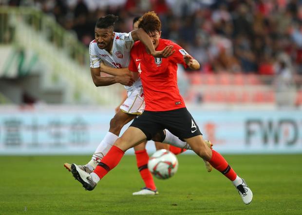 Cầu thủ đắt giá nhất châu Á nỗ lực cống hiến cho Hàn Quốc đến mức chảy cả máu vành tai - Ảnh 7.