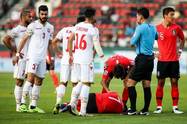 Cầu thủ đắt giá nhất châu Á nỗ lực cống hiến cho Hàn Quốc đến mức chảy cả máu vành tai - Ảnh 3.