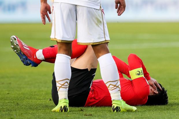Cầu thủ đắt giá nhất châu Á nỗ lực cống hiến cho Hàn Quốc đến mức chảy cả máu vành tai - Ảnh 4.
