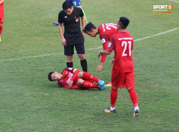 Tiền vệ U22 Việt Nam bật mí trò cá cược khi xem tuyển đá tại Asian Cup 2019 - Ảnh 2.