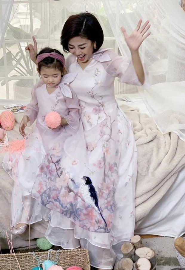 Mai Phương mạnh mẽ chống chọi ung thư, xinh đẹp hết cỡ chuẩn bị đón Tết cùng con gái - Ảnh 3.